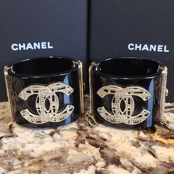 CHANEL Jewelry - PAIR of CHANEL Cuffs Black Gold Chain CC Logo